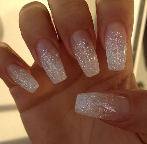 Acrylic nails for brides