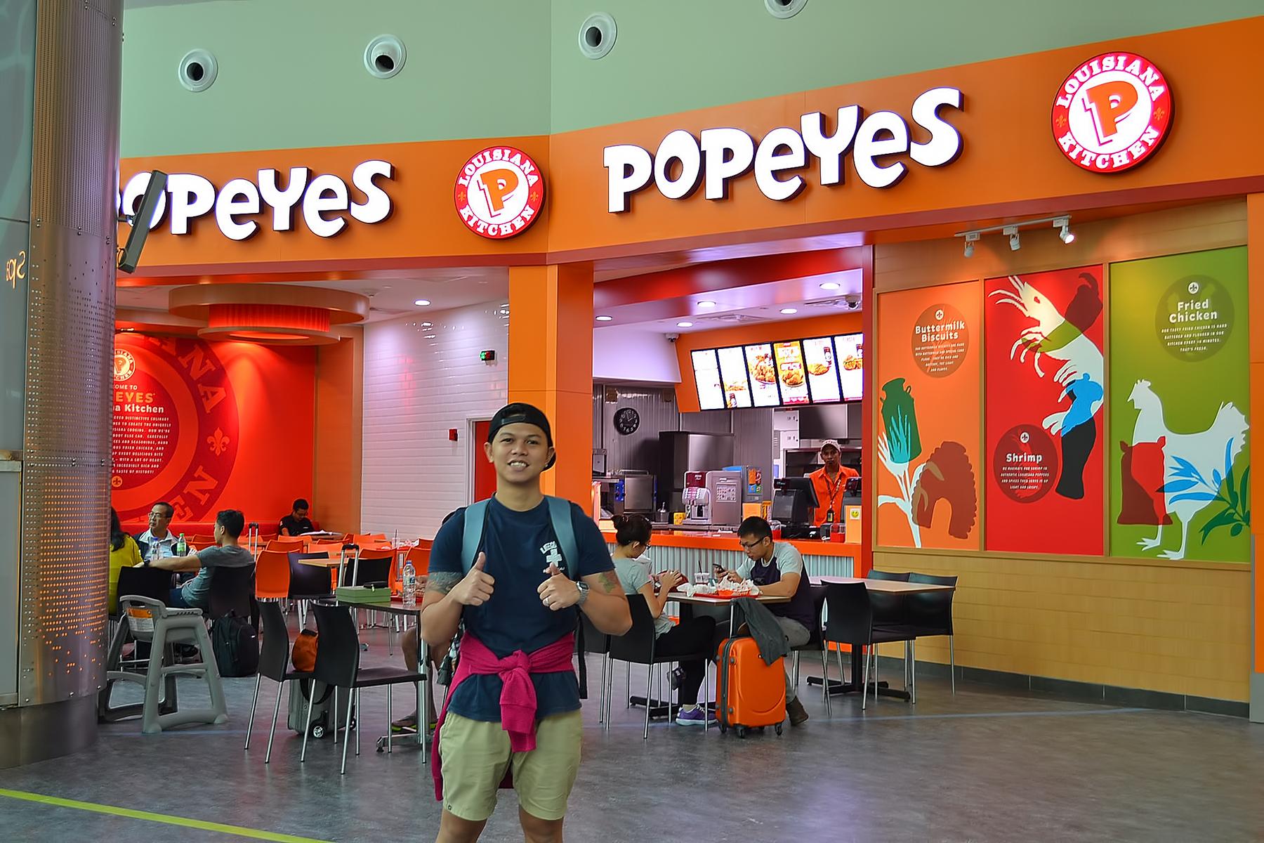 Airport Amenities & Restaurants