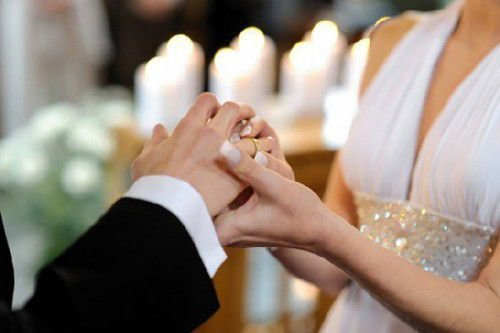 Можно ли видеть невесте костюм жениха