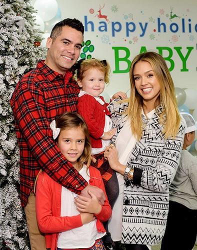 Джессика альба и ее муж и дети фото