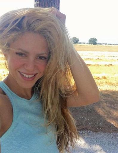 Shakira without make up