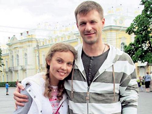 Полина стрельникова актриса муж