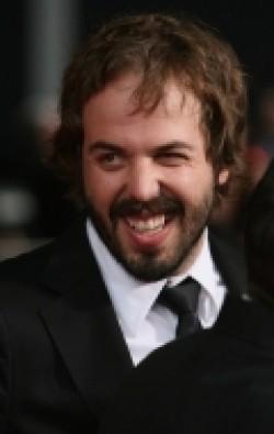 В главной роли Актер, Режиссер, Сценарист, Продюсер Энгус Сэмпсон, фильмографию смотреть онлайн.