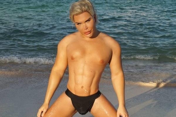 Егор крид на пляже