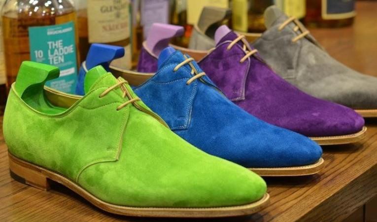 Чем перекрасить замшевую обувь