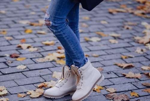 The ripped jeans trend