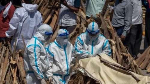 'সার্টিফিকেটে উল্লেখ থাকতেই হবে করোনায় মৃত্যু' হিসেবে গরমিল রুখতে কড়া পদক্ষেপ কেন্দ্রের