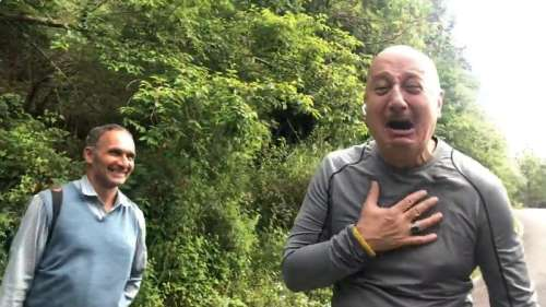 Anupam Khergets reality check as man fails to recognise him, see video