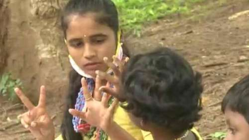 This graduate is conducting free classes for kids in her Coimbatore tribal colony