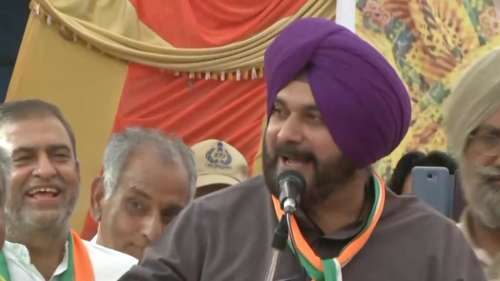 'Captain lies every day': Sidhu ups the ante against Punjab CM