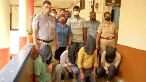 Fake Vaccine Drive: मुंबई पुलिस ने फर्जी वैक्सीन ड्राइव चलाने वाले गैंग का किया पर्दाफाश, 5 लोग गिरफ्तार