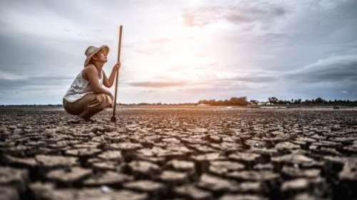 30 शहरों में जल संकट