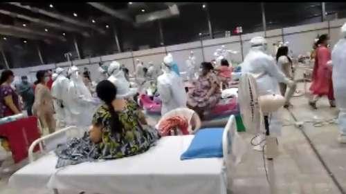 कोविड केयर सेंटर पर डॉक्टर्स, मरीजों ने खेला गरबा, वीडियो हो रहा वायरल