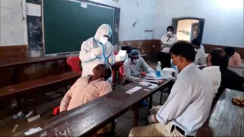 Haridwar Kumbh Mela में फर्जी कोरोना रिपोर्ट! दिल्ली-NCR के कई लैब पर दर्ज होगी FIR