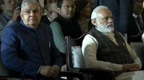 प. बंगाल में जारी हिंसा पर PM मोदी ने जताई चिंता, राज्यपाल से फोन पर जाना सूरते हाल