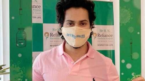 Varun Dhawan ने ली कोरोना वैक्सीन की first dose, शेयर की तस्वीर
