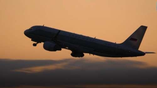 सरकार ने हवाई सफर के बदले नियम, इतनी लंबी यात्रा पर ही सर्व होगा फूड