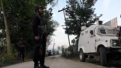 কাশ্মীরে নিরাপত্তা বাহিনীর গুলিতে মৃত লস্কর কম্যান্ডার-সহ ৩  জঙ্গী