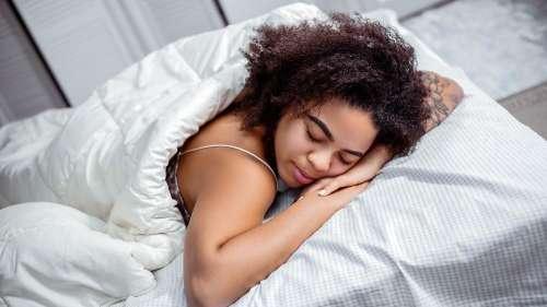 Alzheimer's disease & deep sleep: Scientists have found a link!