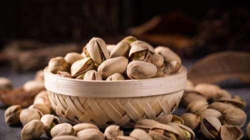 Want to sleep like a baby? Eating pistachios before bed can help