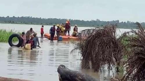 Roorkee Flood: तटबंध टूटने से बाढ़ में फंसे 57 लोगों को रेस्क्यू कर सुरक्षित बाहर निकाला गया