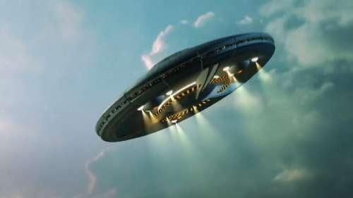 अंतरिक्ष से उतरा UFO, तो क्या सच में एलियंस ने रखा धरती पर कदम!