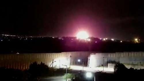 Israel strikes Gaza again after Hamas fires incendiary balloons