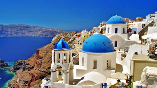 Covid negative and vaccinated tourists can head to Greece from May