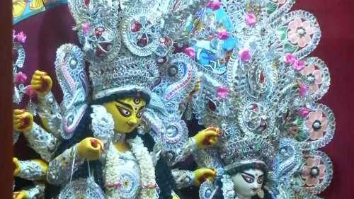 नवरात्रि: देवी सरस्वती की पूजा को लेकर एहतियात के साथ तैयारियां शुरू