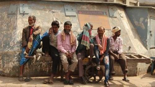दिल्ली सरकार का मजदूरों को तोहफा, देश में सबसे ज्यादा न्यूनतम वेतन करने का दावा