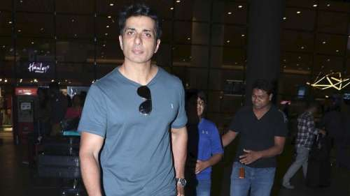 Sonu Sood's reply to a fan asking for iPhone for his girlfriendleaves netizens in splits