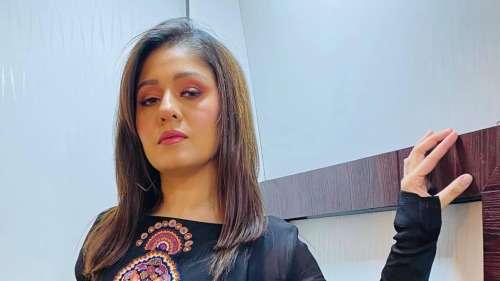 सिंगर सुनिधि चौहान ने Indian Idol  को लेकर किया चौंकाने वाला खुलासा