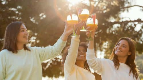 5 popular summer drinks that are best avoided