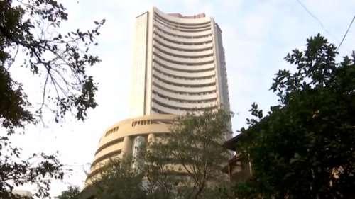 रिकॉर्ड हाई की ओर बढ़ रहा बाजार, अडाणी के शेयरों में भी सुधार