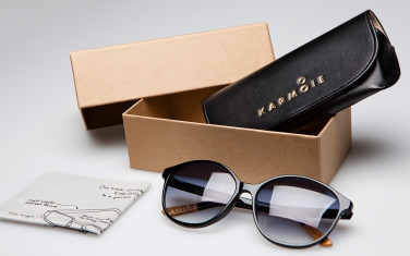 Karmoie glasses with packaging