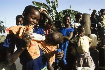 INFANZIA IN MOZAMBICO