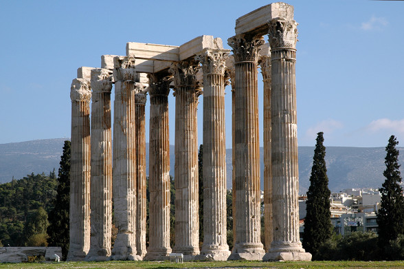 pretty-greek-architecture-temple-of-zeus-athens