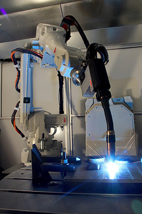 A robotic CMT weld head