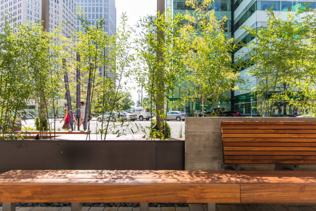 1001 Woodward Plaza hardscape in downtown Detroit, Michigan. (Image courtesy of Jason Robinson Photography.)