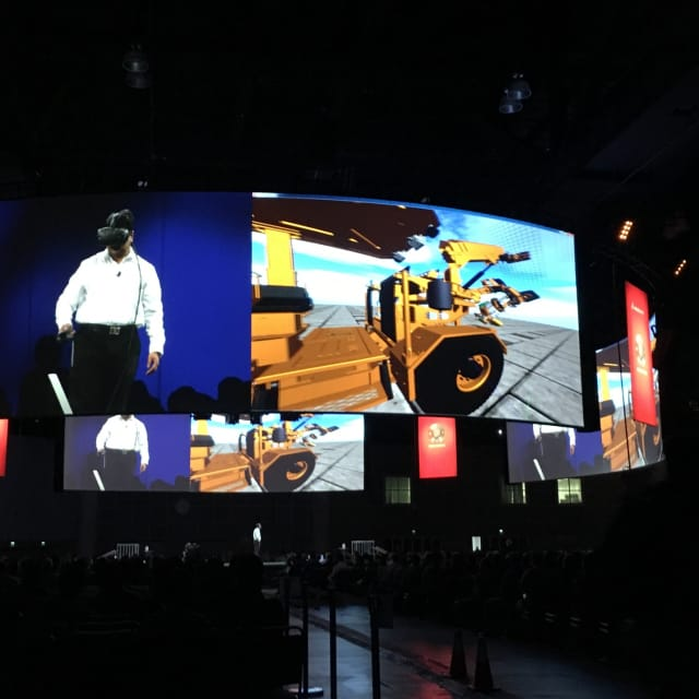 Sid Palaniappan, SOLIDWORKS senior manager Graphics R&D Deployment, demonstrates the power of immersive visualization via an HTC Vive loaded with a SOLIDWORKS 3D model built by a member of its community named Resemin.