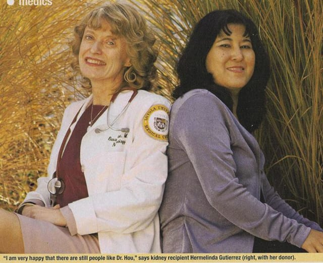 A 2002 clipping discussing the transplant between my mom and her patient. (Image courtesy of People Magazine.)
