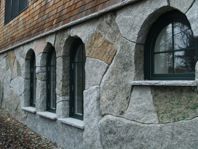 "Freshwater Stone's clients tend to be ""institutions and the affluent,"" according to designer John Horton. Every project is unique and has to be designed to meet structural building codes and requirements for services such as plumbing and electricity. Solid Edge ""allows me to communicate these crazy shapes,"" said Horton. (Image courtesy of Freshwater Stone.)"