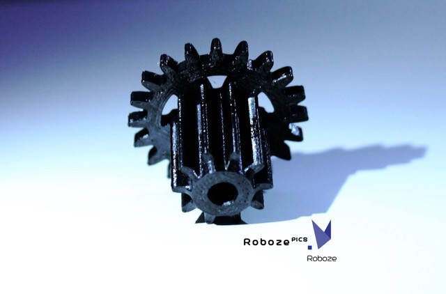 A gear created of PEEK, 3D printed on the Roboze One+400 3D printing device. (Image courtesy of Roboze.)