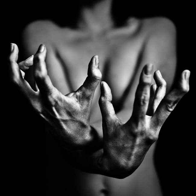Benoit Courti, Black and White Photography, Epistrophy, naked woman holding hands in foreground, art, portraits
