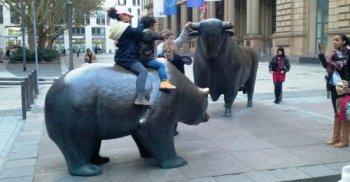 Bear_and_Bull.jpg