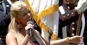 Jessica_Simpson__July_1st__2009.jpg