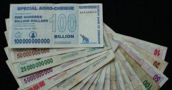 Zimbabwe_Hyperinflation_2008_notes.jpg