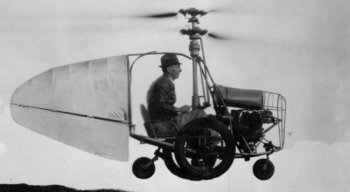 Jess_Dixon_in_his_flying_automobile.jpg