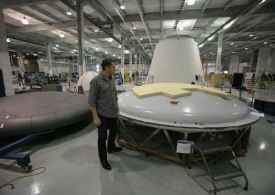 spacex elon musk, spacex cheap internet, spacex versus virgin galactic