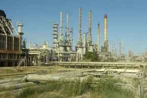 iraq oil production, how much oil does iraq produce, oil prices middle east, brent crude prices, iraq crisis oil prices,